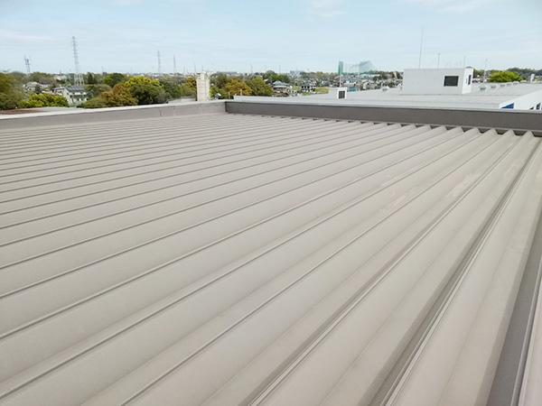 屋根の防水・遮熱塗料